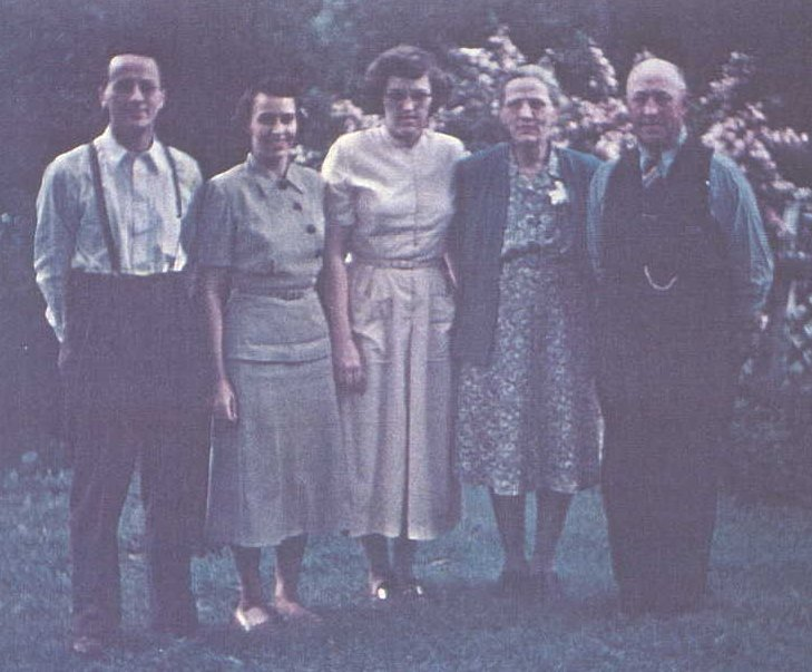 Art, Mary, Ruth, Martha, Charles around 1948